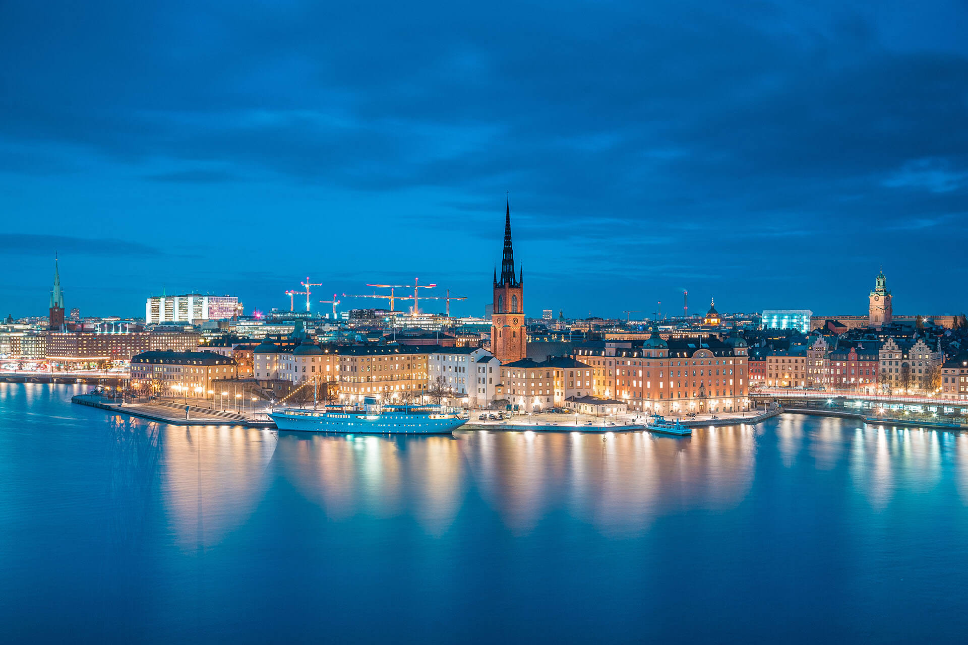 Sweden: Vaccinated Travelers from the UK Exempt from Entry Ban